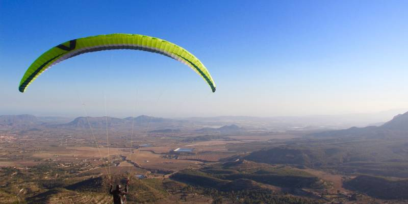 Parapente Alicante, ready for take off