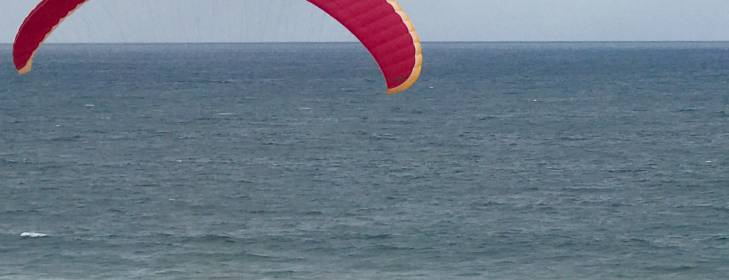 Freestyle paragliding