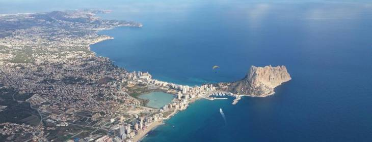 Alicante paragliding with Doyouwanna